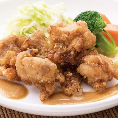 鶏の唐揚げ ピーナッツ味噌バターソースのイメージ